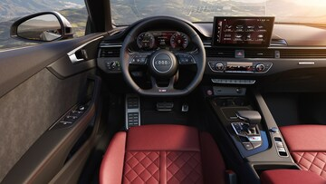 Audi S5 Cabriolet MMI touch display - Audi Australia